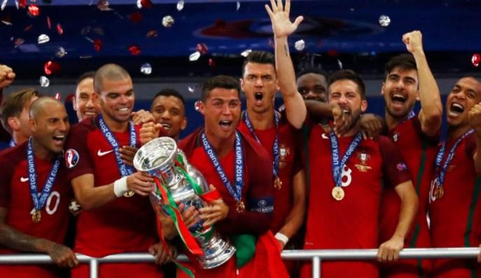 Сборная Португалии — чемпион Европы 2016 года!
