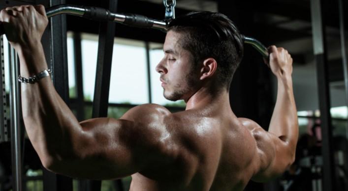 Почему каждый мужчина должен тягать железо
