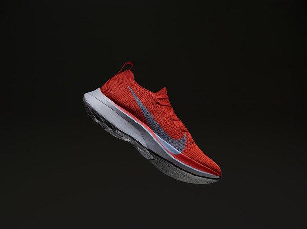 Как и где получить новые кроссовки Nike Zoom Vaporfly 4%?