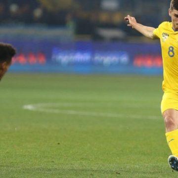 Лига наций: Украина одолела Чехию и завоевала путевку в элитную группу