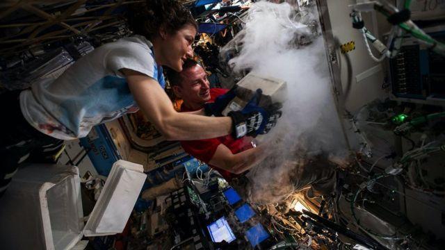 Зачем астронавты печатают человеческие органы на орбите