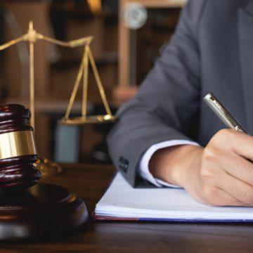 Коли потрібен адвокат